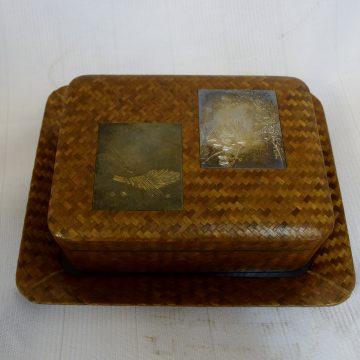 網代彫金小箱